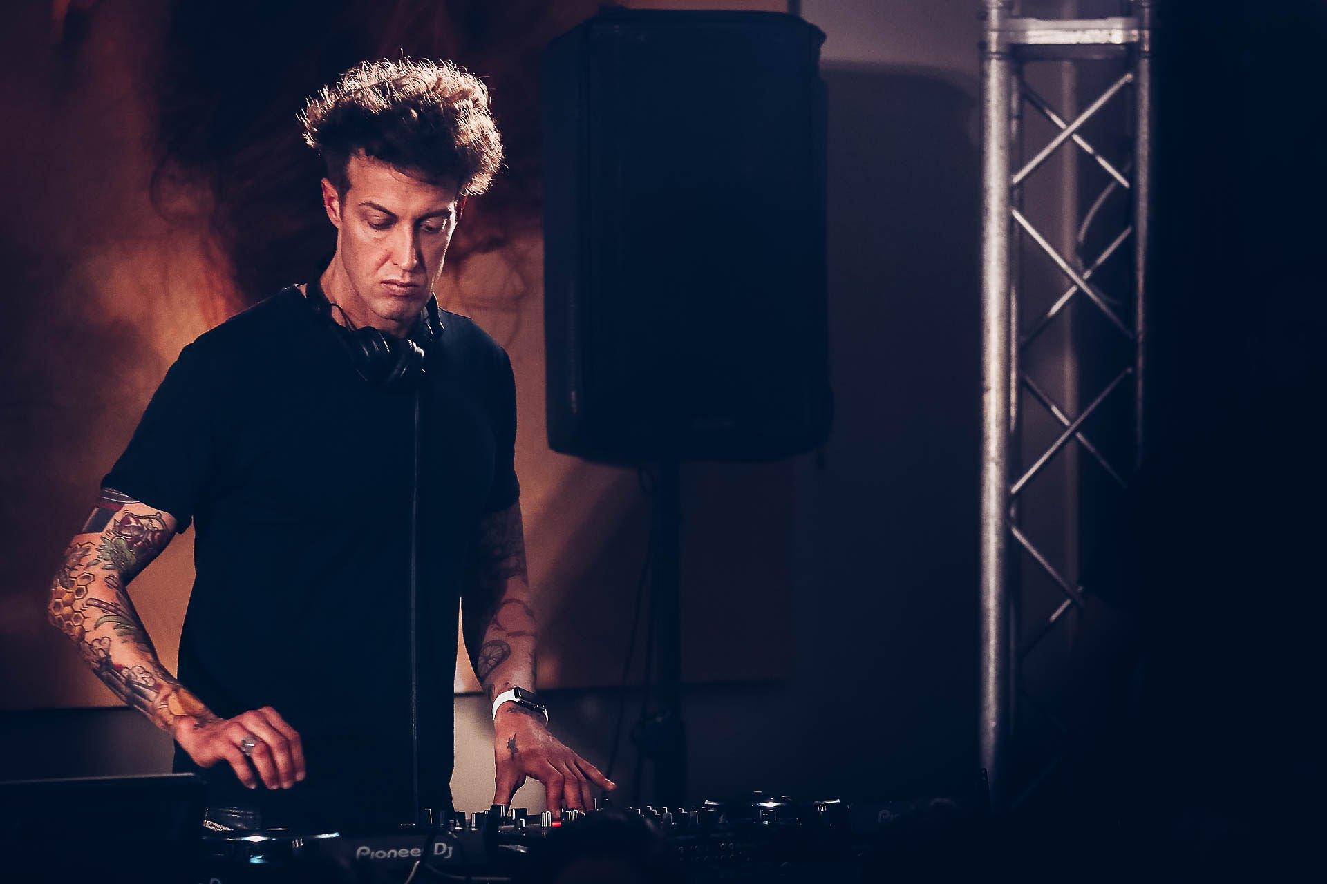 Mya DJ